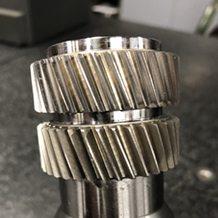 ring gears on internal hydraulic arbor.1